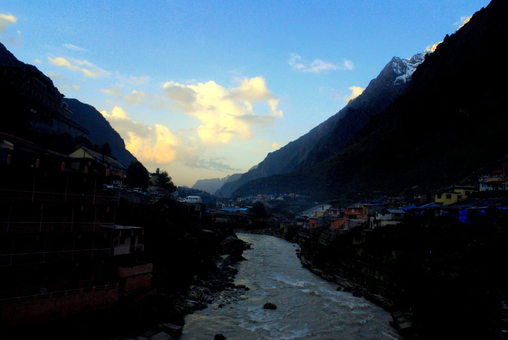 Early Morning at Badrinath!